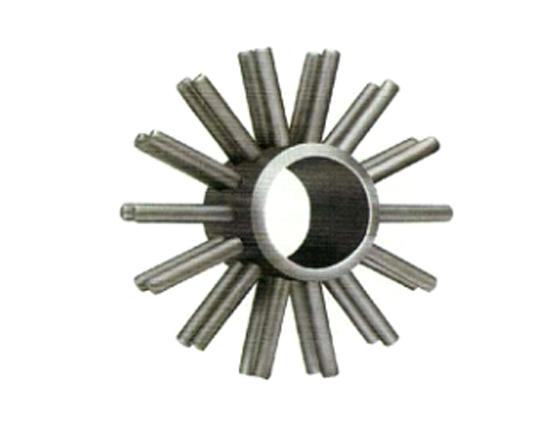 产品描述: 凯能针形管强化换热原件是由针形管自动焊机将一系列圆柱形焊接在钢管表面,其特征是:1.四方型圆周等分布置焊接;2.六角型圆周等分布置焊接。与传统针形管制造工艺相比,四方型、六角型针形管强化换热元件,采用焊接一次成型,改变过去焊接后采用专用工装强制拉伸成型后焊针有脱落现象,使针形管焊接更加牢固,焊针不易脱落。针形管的焊针直径、长度、纵向间距、周向焊针针数和焊针倾角都是影响针形管传热的因素。所以,必须全面系统地考虑,才能更具有实际应用性。采用四方型和六角型圆周等分布置焊接的针形管,具有更大的扩展表面